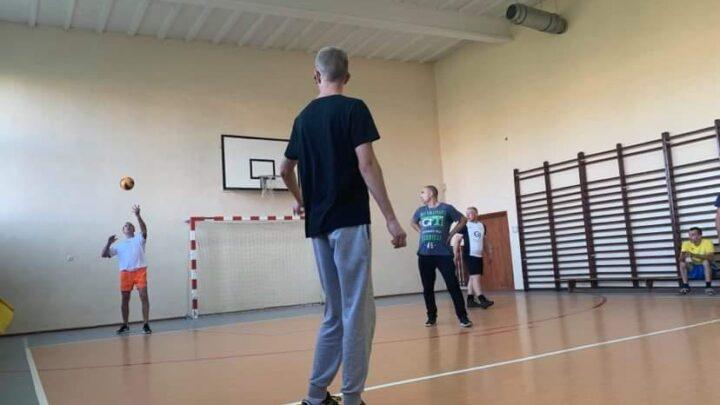 II Amatorski Turniej Piłki Siatkowej o Puchar Dyrektora ZPO Konieczno